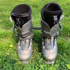 Salomon Ski Boots Men's 12